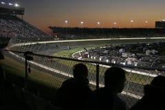 I ventilatori guardano la pre-corsa del driver Fotografia Stock Libera da Diritti