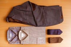 I vestiti classici degli uomini Immagini Stock
