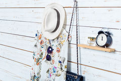 I vestiti e gli accessori delle donne Immagini Stock Libere da Diritti