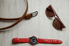 I vetri degli accessori cronometrano ed allacciano fotografia stock libera da diritti