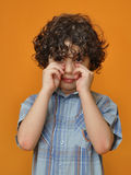 Hispanic child making an expression of willing to  Royalty Free Stock Photos