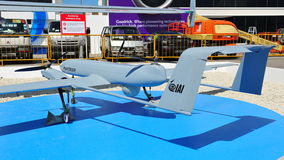 IAI som ställer ut deras obemannade flyg- medel för VTOL kapabel panter (UAV) på Singapore Airshow 2012 Arkivfoton