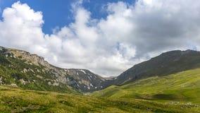 Ialomita River Valley, fotografiert vom Höhlen-Hotel Stockfoto
