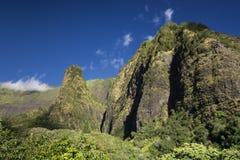 Iao谷,针在一个晴天,毛伊,夏威夷 库存图片