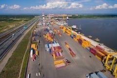 Iarda del contenitore nel porto marittimo Fotografie Stock