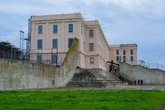 Iarda di ricreazione del penitenziario di Alcatraz immagine stock