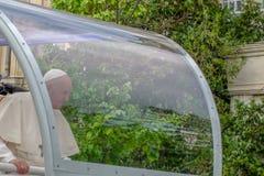 Iasi, Romênia - em maio de 2019: Papa Francisco foto de stock royalty free