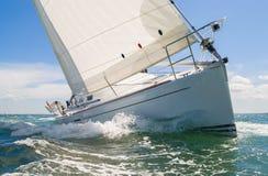 Iate do barco de navigação Fotografia de Stock Royalty Free