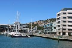 Iate em Chaffers Marina Oriental Bay Wellington Fotos de Stock Royalty Free