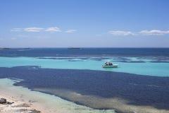 Iate luxuoso na ilha de Rottnest, Austr?lia Ocidental, Austr?lia foto de stock