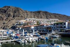 Iate que estacionam no porto no por do sol, yacht club do porto Foto de Stock