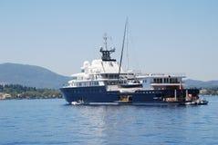 Iate super de Le Grande Bleu, Corfu Fotografia de Stock