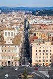 Iazza Venezia och via del Corso i den Rome staden Arkivfoto