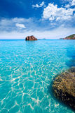 Ibiza Aigues Blanques阿瓜在圣诞老人尤拉莉亚的Blancas海滩 库存照片