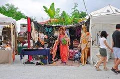 IBIZA - 13. AUGUST: Hippiemarkt Las Dalias auf Ibiza-Insel am 13. August 2011. Die Balearischen Inseln, Spanien. stockbilder