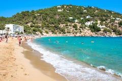 Ibiza Cala de Sant Vicent AUGUST 20, 2013: Caleta de San vicent Lizenzfreie Stockbilder