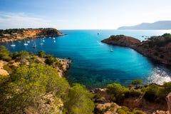 Ibiza Es Porroig Port också den Roig sikten på Balearic Arkivbild