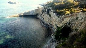 Ibiza mooie, hoge klippen Royalty-vrije Stock Afbeeldingen