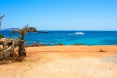 Ibiza-Strandansicht von Santa Eulalia-Bucht r stockbild