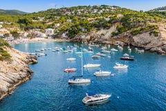 Ibizaeiland, strand Ses Salines in Sant Josep bij Baleaars eiland Royalty-vrije Stock Afbeeldingen
