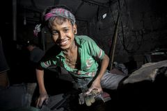 Ibrahim Age 19, Worked Here Morning To Evening At Near Of Burigonga River At Dhaka, Bangladesh. Stock Photos