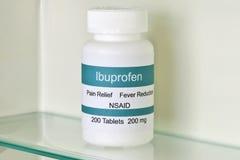 Ibuprofen medycyny gabinet zdjęcie stock
