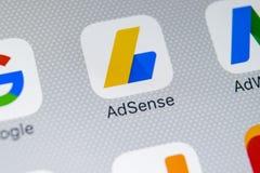 Icône d'application de Google AdSense sur le plan rapproché d'écran de l'iPhone X d'Apple Icône de Google AdSense APP Application Image stock