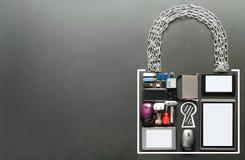 Icône de cadenas faite à partir des dispositifs photos stock
