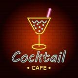 Icône de lampe au néon de logo de café de cocktail, style réaliste Illustration Libre de Droits