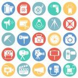 Icône de photographie et de vidéographie réglée sur le fond de cercles de couleur pour le graphique et la conception web, signe s illustration libre de droits