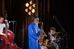 Icône du jazz du monde - ponceuses de Pharoah l'icône Quartetet vivant sur l'étape de Kijow Centre à l'été Jazz Festival à Cracov Photographie stock libre de droits