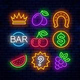 Icônes au néon de jeu de vecteur pour des casinos illustration libre de droits