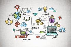 Icônes colorées d'Internet sur le mur en béton photos stock