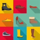 Icônes commodes de chaussures réglées, style plat Photographie stock