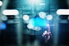 Icônes d'applications sur l'écran virtuel, technologie, concept de fond de développement photo libre de droits