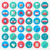 Icônes d'art dentaire dans un style plat de conception Dirigez les éléments de symboles d'illustration sur le sujet de la stomato illustration de vecteur