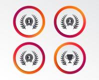 Icônes de récompense de guirlande de laurier Tasse professionnelle pour le gagnant illustration stock