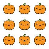 Icônes mignonnes de potiron de kawaii de Halloween d'isolement sur le fond blanc illustration libre de droits