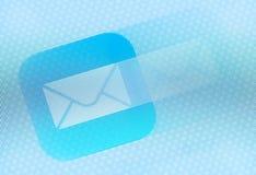 Icône d'email sur l'écran Photographie stock libre de droits