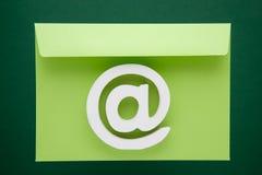 Icône d'Internet de symbole d'email Photo stock