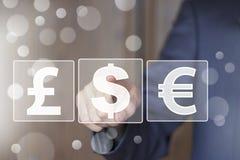 Icône de bouton poussoir d'homme d'affaires avec le Web de devise du dollar Images libres de droits