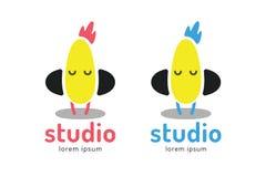 Icône mignonne de logo de silhouette de poussin Musique de poulet Photo stock