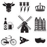 Icône néerlandaise réglée sur le fond blanc Symboles de la Hollande et d'Amsterdam : moulin de vent, tulipes, bicyclette, bière C Photo libre de droits