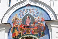 Icône non la façade d'église d'hypothèse dans Yaroslavl image libre de droits