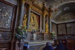 Icône sainte de mère de Dieu Ostrobramska à Vilnius, Lithuanie Photographie stock