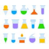 Icônes chimiques d'équipement de laboratoire réglées sur le fond blanc Vecteur illustration stock