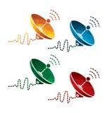 Icônes colorées d'antenne parabolique sur le fond blanc icônes d'isolement de communication par satellites EPS8 illustration de vecteur