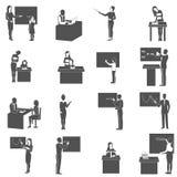 Icônes de classe d'At Blackboard In de professeur réglées illustration de vecteur