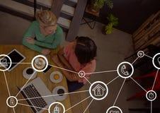 Icônes de connexion sur le fond de réunion Images libres de droits