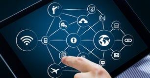 Icônes de mise en réseau sur le comprimé numérique Images libres de droits